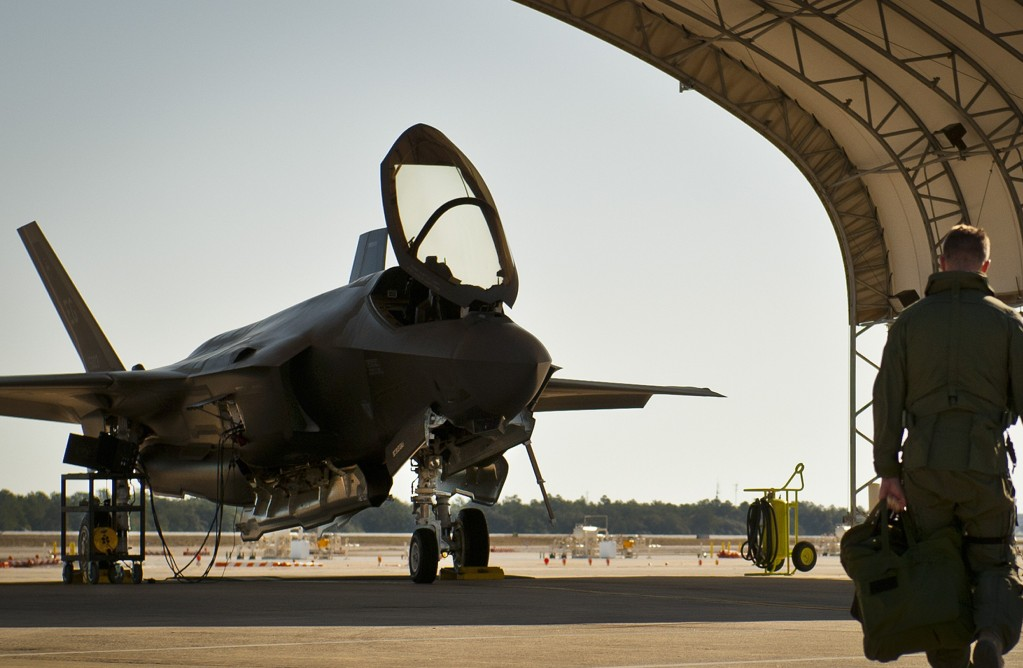 United States Air Force looking to turn on to Supersonic Mercenaries
