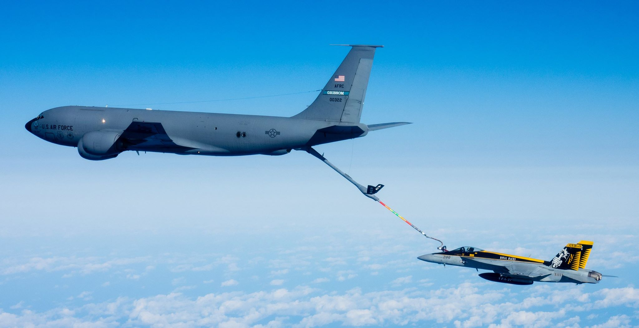 Mid-Air refuelling