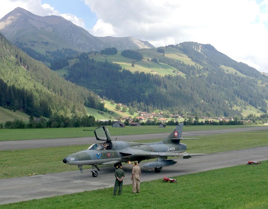 Hawker Hunter - hunting aircraft and hunting bomber ...
